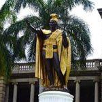 Escale à Honolulu  statue du roi Kamehameha Ier