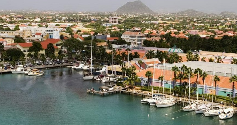Escale à Aruba ville Savaneta