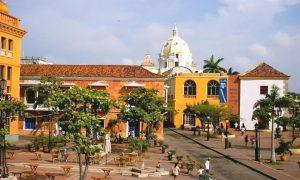 Escale Carthagène (Colombie) La place Sainte Thérèse