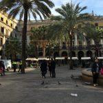 Croisière Tour du Monde Australe 2017 Petit café en terrasse à Barcelone