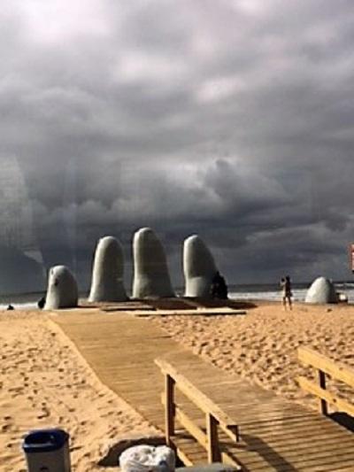 Croisière tour du monde Autral 2017 La Mano de la plage Brava