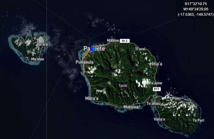 Croisière tour du monde Australe 2017 Costa Croisière Le Costa Luminosa à quai au port de Papeete à Tahiti