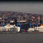 Croisière tour du monde Australe 2017 Costa Luminosa à quai au port de Valparaiso 12