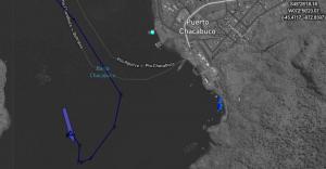 Croisière tour du monde Australe Les bateaux à l'ancre de Puerto Chacabuco