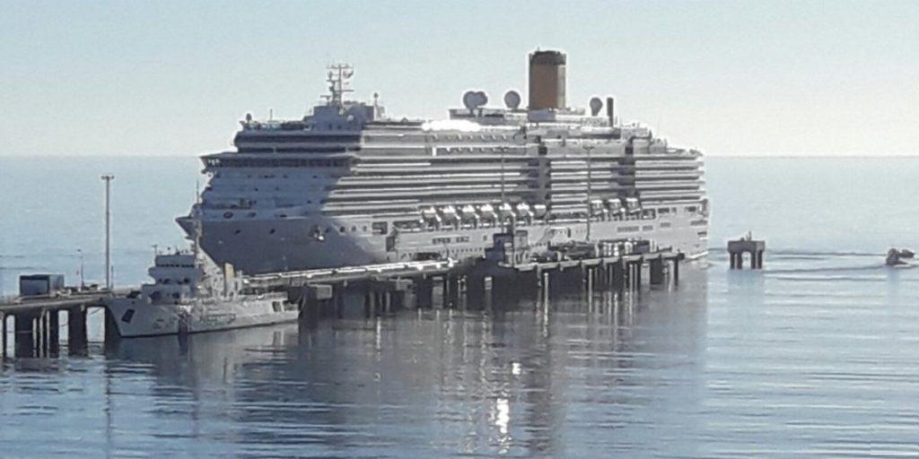 Croisière tour du monde Australe 2017 Le Costa Luminosa à Puerto Madryn