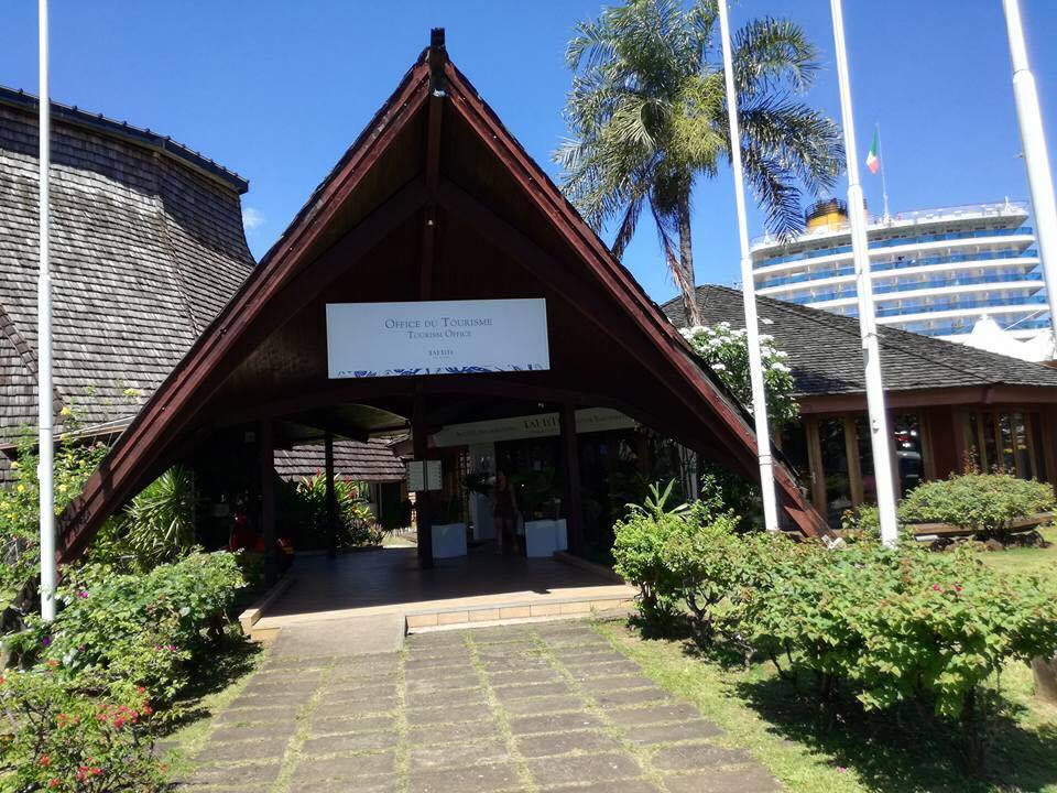Croisière tour du monde Australe 2017 Anna l'office du tourisme de Papeete à Tahiti