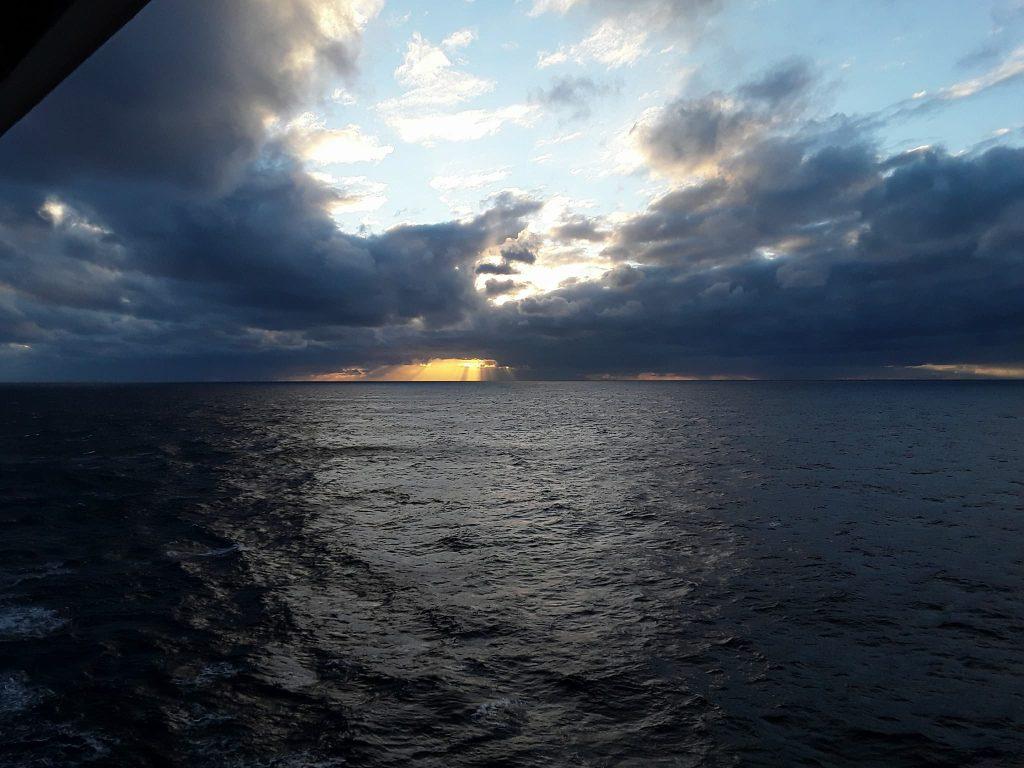 Levé de soleil sur l'atlantique