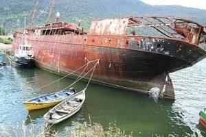 Epave du bateau Viña del Mar à Puerto Chacabuco