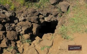 Entrée de la grotte Ana Kakenga sur l'Île de Pâques