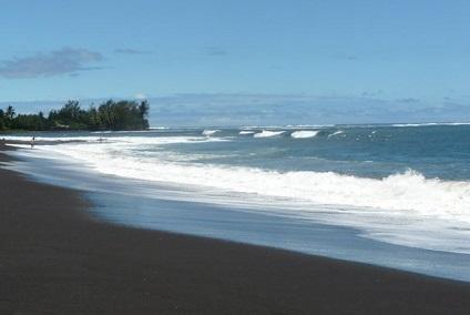 Plage de Taharuu à Tahiti