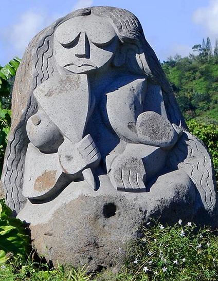 Statue de Tahiri vahine - La guerrière de Hamuta à Papeete