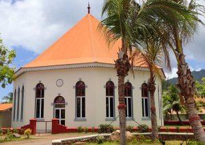 Le Temple Protestant Octogonal de Papetoai à Moorea