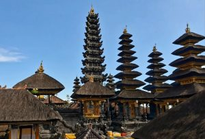 Croisière tour du monde LeTemple de la mère Pura Besakih à Bali