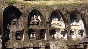 Croisière tour du monde Les tombes du roi Gunung Kawi à Bali