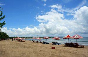 Croisière tour du monde la plage de Kuta à Bali