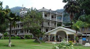 Croisière tour du monde La Domus Victoria Mahé aux Seychelles
