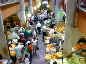 Croisière tour du monde Le marché central Port Louis - Ile Maurice
