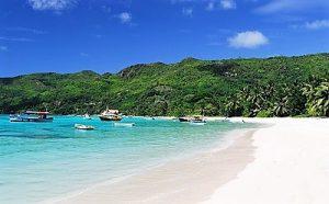 Croisière tour du monde Plage de Anse Royale Mahé aux Seychelles