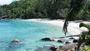 Croisière tour du monde Plage de Anse Soleil Mahé aux Seychelles