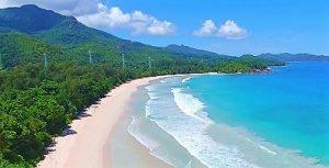 Croisière tour du monde Plage de Petite grande Anse Mahé aux Seychelles