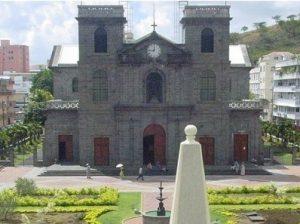 Croisière tour du monde Cathédrale St Louis Port Louis île Maurice