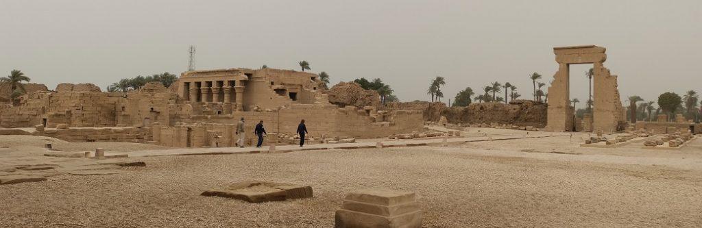 Visite du temple d'Hathor à Dendérah